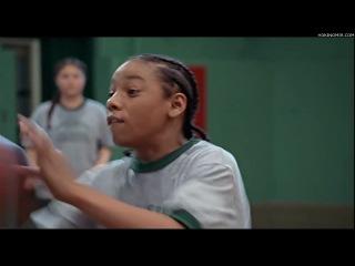 Отскок (2005),США,(Мартин Лоуренс),комедия, семейный, спорт